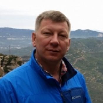 Андрей Сальников