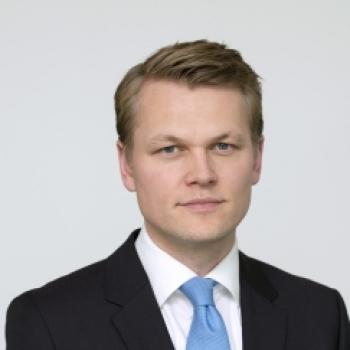 Питер Гарнри